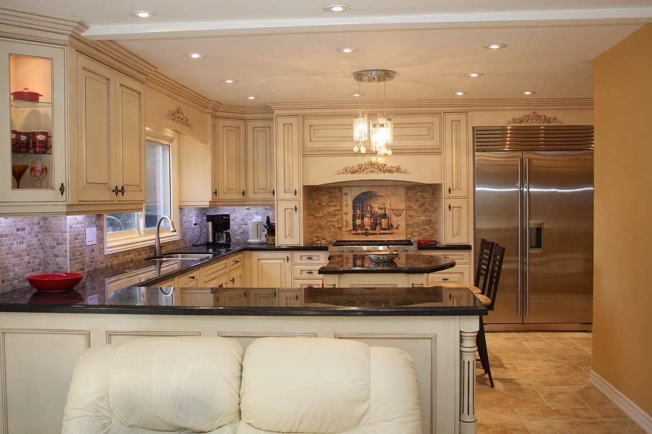 Kuchyň ve tvaru U